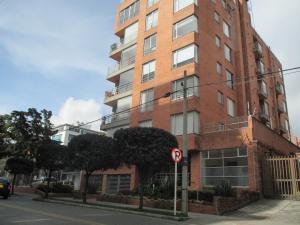Apartamento En Arriendo En Bogota, Chico, Colombia, CO RAH: 17-2
