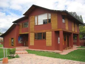 Casa En Venta En Bogota, Guaymaral, Colombia, CO RAH: 17-7