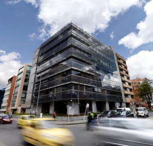 Oficina En Arriendo En Bogota, Chico, Colombia, CO RAH: 17-26