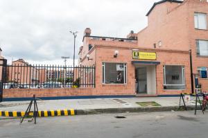 Casa En Venta En Bogota, Suba, Colombia, CO RAH: 17-34