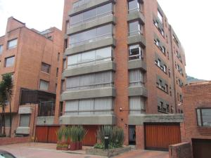 Apartamento En Venta En Bogota, Chico, Colombia, CO RAH: 17-33