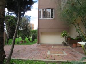 Apartamento En Venta En Las Villas Código FLEX: 17-39 No.1