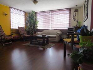 Apartamento En Venta En Las Villas Código FLEX: 17-39 No.4