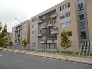 Apartamento En Venta En Tocancipa, Zona Industrial, Colombia, CO RAH: 17-46