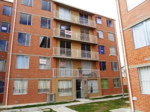 Apartamento En Venta En Tocancipa, Zona Industrial, Colombia, CO RAH: 17-48