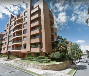 Apartamento En Arriendo En Bogota, Nogal, Colombia, CO RAH: 17-53