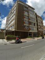 Apartamento En Venta En Bogota, Cedritos, Colombia, CO RAH: 17-57