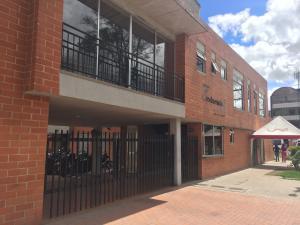 Apartamento En Arriendo En Bogota, Suba, Colombia, CO RAH: 17-60