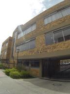 Apartamento En Venta En Bogota, Tintal, Colombia, CO RAH: 17-70