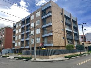Apartamento En Venta En Bogota, Contador, Colombia, CO RAH: 17-71