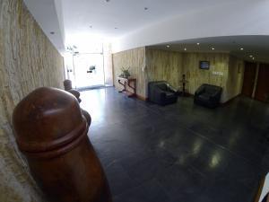 Apartamento En Venta En La Carolina Código FLEX: 17-78 No.2