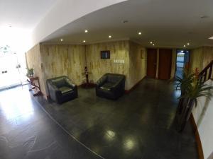 Apartamento En Venta En La Carolina Código FLEX: 17-78 No.1