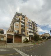 ODOARDO ENRIQUE MARTINEZ Apartamento En Venta En Santa Barbara Código: 17-82