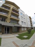 Apartamento En Arriendo En Madrid, Amarilo, Colombia, CO RAH: 17-94