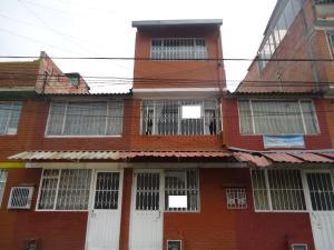 Casa En Ventaen Bogota, Britalia, Colombia, CO RAH: 17-133