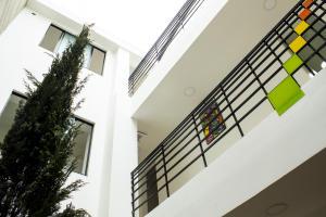 Edificio En Ventaen Bogota, Chapinero, Colombia, CO RAH: 17-154
