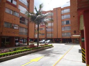 Apartamento En Arriendoen Bogota, Mirandela, Colombia, CO RAH: 17-167