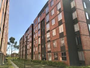 Apartamento En Ventaen Bogota, Tintal, Colombia, CO RAH: 17-171