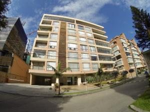 Apartamento En Ventaen Bogota, La Carolina, Colombia, CO RAH: 18-6