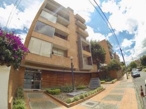 Apartamento En Arriendoen Bogota, San Patricio, Colombia, CO RAH: 18-45