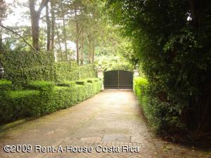 Casa En Alquiler En Bello Horizonte, Escazu, Costa Rica, CR RAH: 09-249