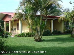 Casa En Venta En San Isidro, San Isidro, Costa Rica, CR RAH: 10-113