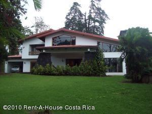 Casa En Venta En Tres Rios, La Union, Costa Rica, CR RAH: 10-157