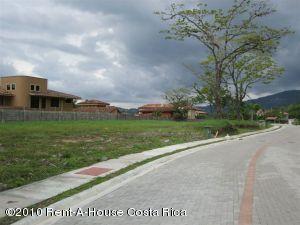 Terreno En Venta En Santa Ana, Santa Ana, Costa Rica, CR RAH: 10-200