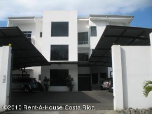 Apartamento En Alquiler En San Rafael Escazu, Escazu, Costa Rica, CR RAH: 11-142