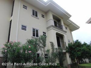 Apartamento En Venta En San Antonio, Belen, Costa Rica, CR RAH: 14-14