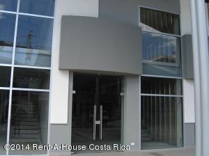 Local Comercial En Alquiler En Santa Ana, Santa Ana, Costa Rica, CR RAH: 14-29