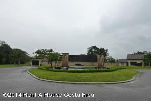 Terreno En Venta En Santa Ana, Santa Ana, Costa Rica, CR RAH: 14-66
