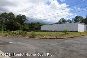 Terreno En Venta En Curridabat, Curridabat, Costa Rica, CR RAH: 14-86