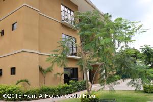 Apartamento En Venta En Ciudad Colon, Mora, Costa Rica, CR RAH: 15-85