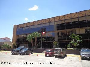 Oficina En Alquiler En Sabana, San Jose, Costa Rica, CR RAH: 15-121