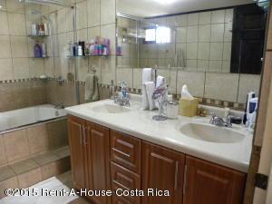 Casa En Venta En Moravia, Moravia, Costa Rica, CR RAH: 15-124