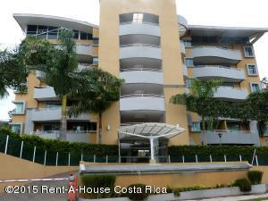 Apartamento En Venta En Escazu, Escazu, Costa Rica, CR RAH: 15-73