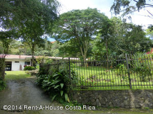 Casa En Venta En Escazu, Escazu, Costa Rica, CR RAH: 15-264