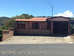 Casa En Venta En Aserri, Aserri, Costa Rica, CR RAH: 15-277