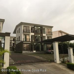 Apartamento En Alquiler En Ciudad Cariari, Heredia, Costa Rica, CR RAH: 15-316