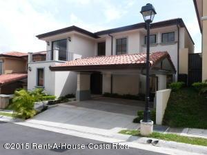 Casa En Alquiler En Guachipelin, Escazu, Costa Rica, CR RAH: 15-332