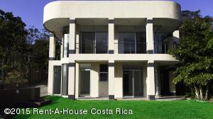 Casa En Venta En Santa Ana, Santa Ana, Costa Rica, CR RAH: 15-367
