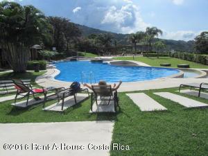 Apartamento En Alquiler En Santa Ana, Santa Ana, Costa Rica, CR RAH: 16-10