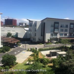 Apartamento En Venta En Escazu, Escazu, Costa Rica, CR RAH: 16-21