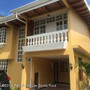 Casa En Venta En San Antonio, Escazu, Costa Rica, CR RAH: 16-24