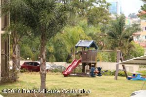 Apartamento En Venta En Escazu, Escazu, Costa Rica, CR RAH: 16-38