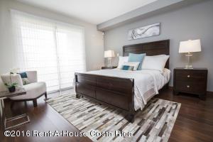 Apartamento En Venta En La Uruca, San Jose, Costa Rica, CR RAH: 16-40