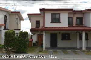Casa En Venta En Alajuela, Alajuela, Costa Rica, CR RAH: 16-43
