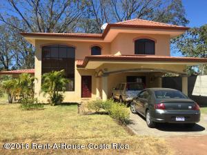 Casa En Venta En San Juan, Santa Barbara, Costa Rica, CR RAH: 16-103
