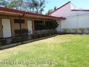 Casa En Venta En San Rafael Escazu, Escazu, Costa Rica, CR RAH: 16-123